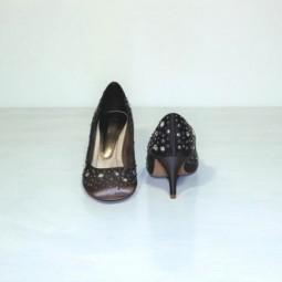 Zapatos raso tachuelas