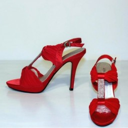 Sandalias Rojas con Pedrería